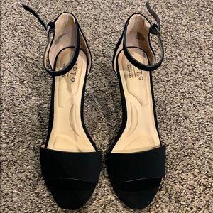 Brand new Apt. 9 heels